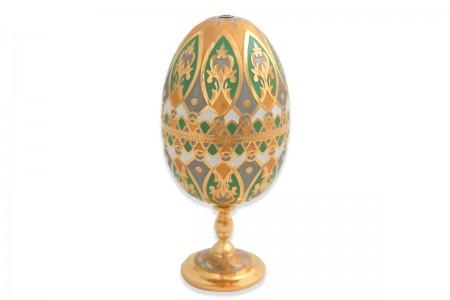 Яйцо-рюмка